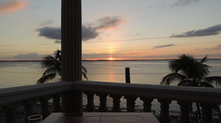Hostal-Bahia-Cienfuegos